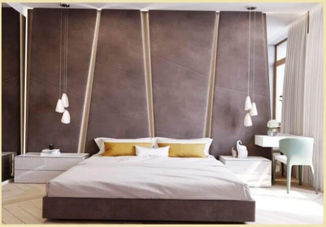 Одним из популярных приемов среди дизайнеров является акцентная стена за кроватью (см. фото)